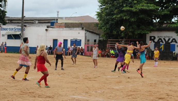 Bloco ÉD+ realiza partida de futebol neste sábado em Olho D'água
