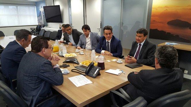 Ciro e Wellington buscam inclusão do Piauí nas rotas de turismo da CVC