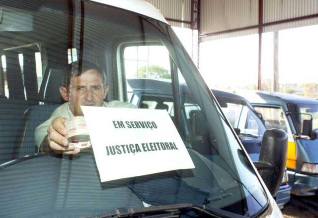 Eleitores de área urbana podem ter transporte gratuito nos dias de eleições