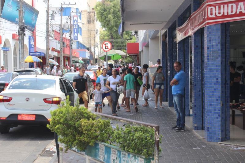 Polícia Militar reforça segurança no Centro de Teresina