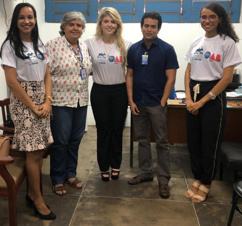 CPDA da OAB Piauí se reúne com Zoonoses sobre animais em pista do Aeroporto