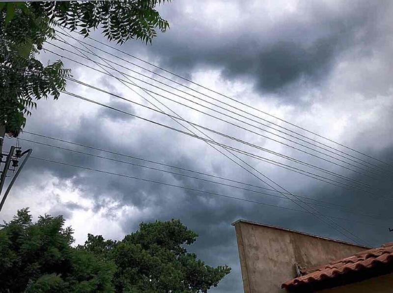 A previsão é de muita chuva durante a semana em Brasileira
