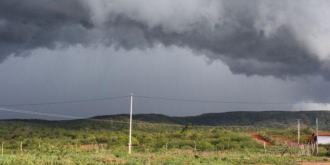 Veja as instruções do INMET sobre o que fazer no caso de chuva intensa