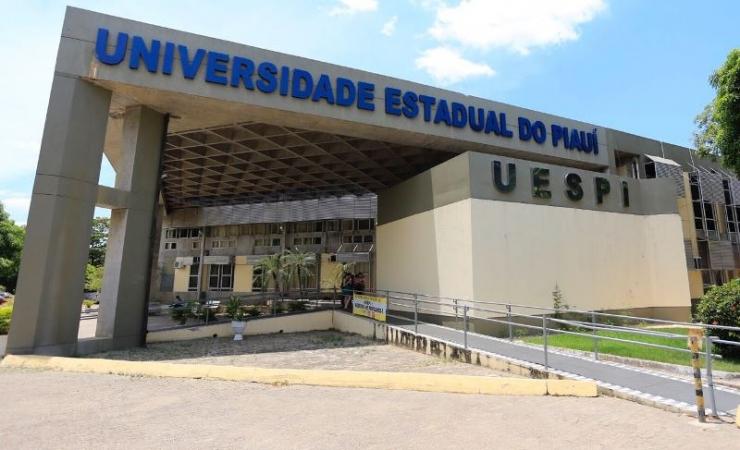 Uespi divulga seleção de estágio para cinco cursos