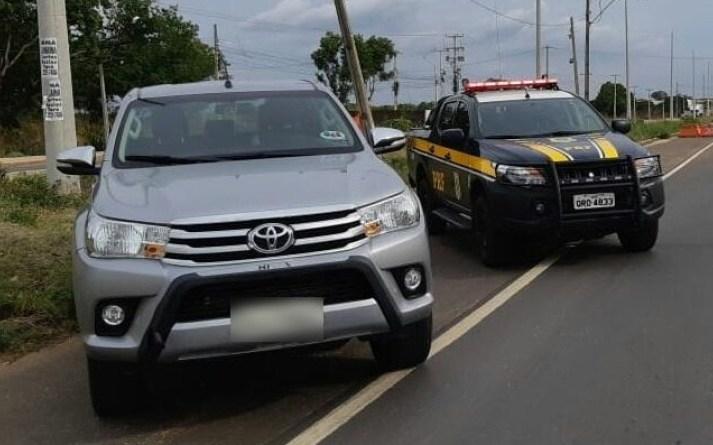 PRF prende homem com carro de luxo roubado em Teresina