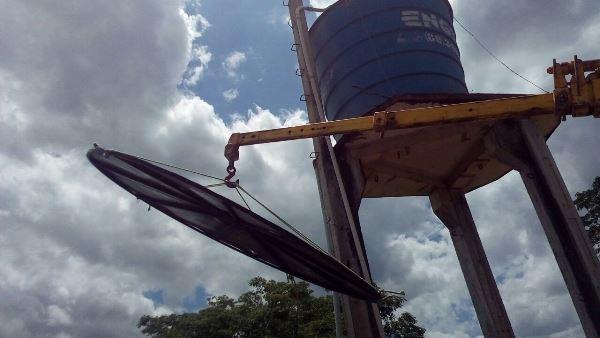 Vigilância sanitária faz limpeza em caixa d'água da Comunidade Lagoa Cercada