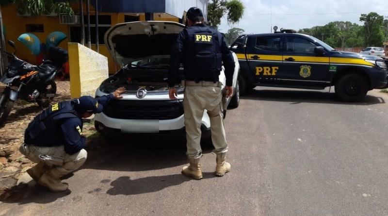 Mulher é detida com carro de luxo roubado na BR 343 em Teresina