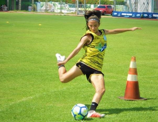 Piauiense Júlia Beatriz é convocada para treinos da seleção brasileira