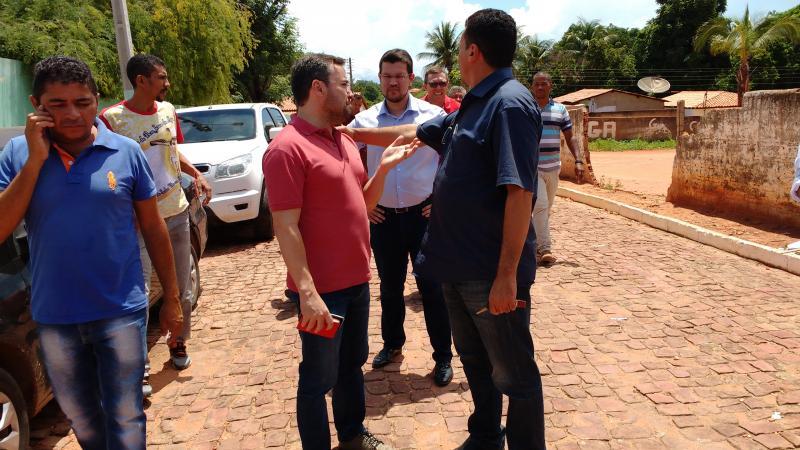 Deputado Fabio Novo visita Currais e Destina recursos para construção da casa de cultura