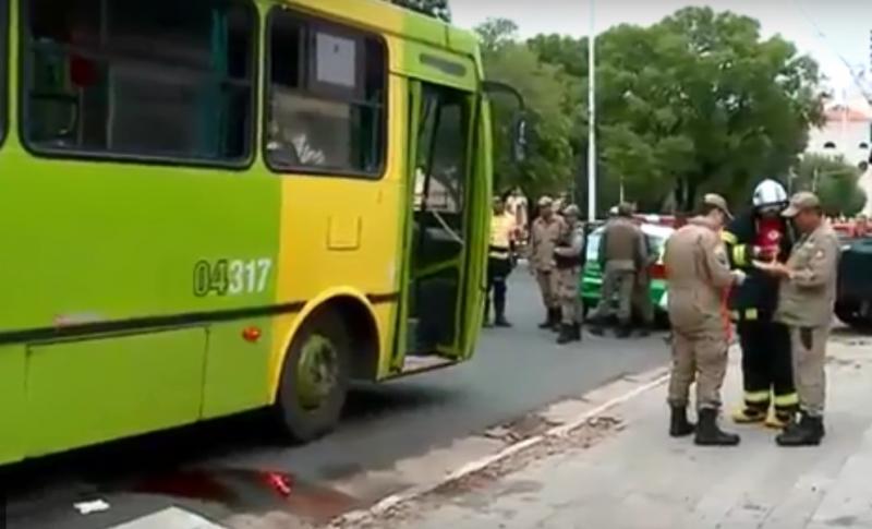 Mulher é atropelada por ônibus na Frei Serafim em Teresina