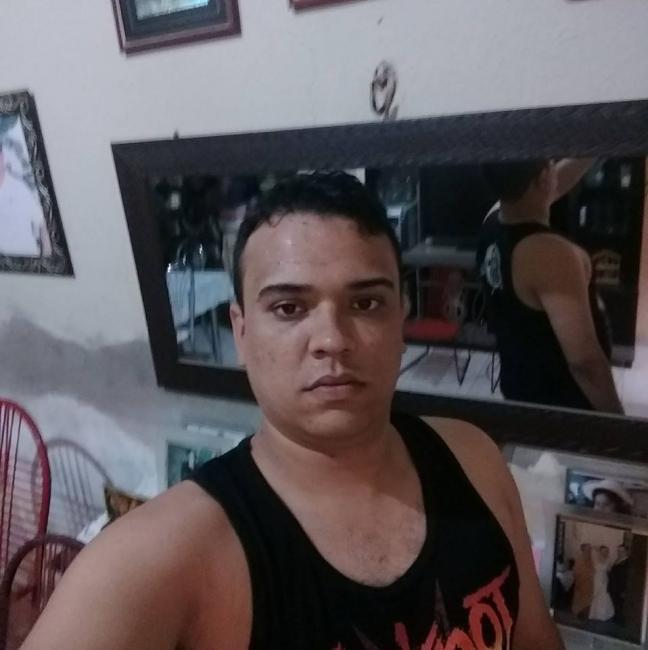Jovem é morto com facada no peito durante show em Picos