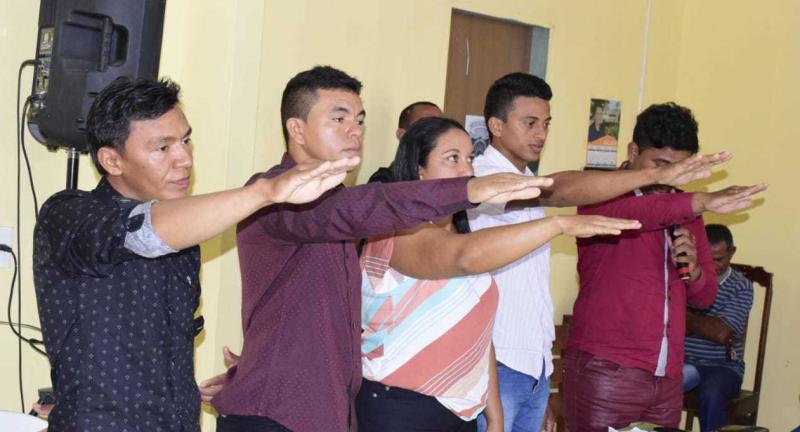 novos conselheiros tutelares de Campo Largo do Piauí (Foto: Elton Lima)