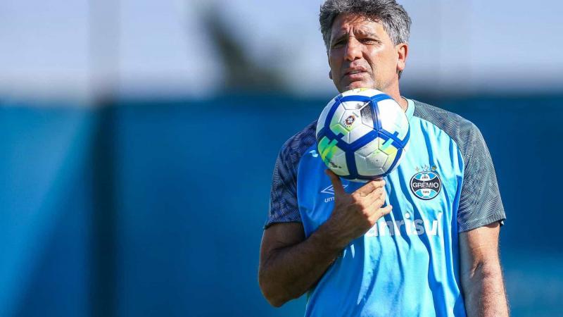 Renato Gaúcho é submetido a cirurgia no coração e deve ter alta domingo