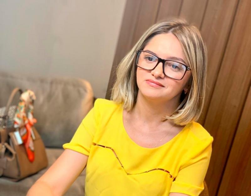 Picos | Maria Santana diz que não abre mão da pré-candidatura para prefeita
