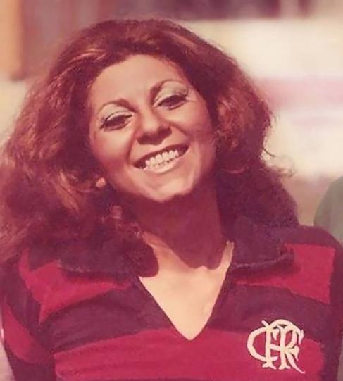 Morre aos 80 anos, a primeira mulher a cobrir futebol no Brasil