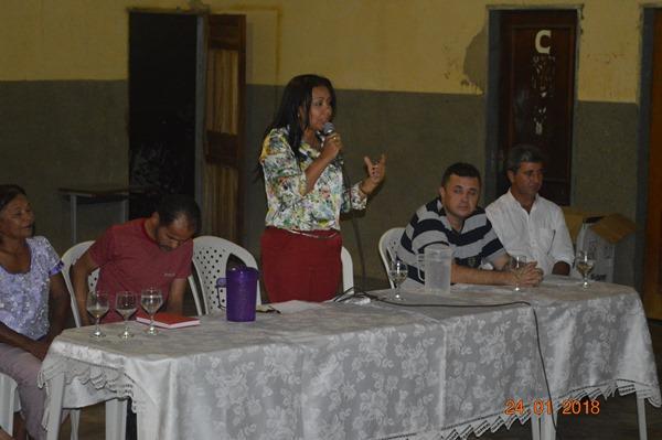 Prefeita Doquinha fez reunião com moradores de Aliança do Gurguéia