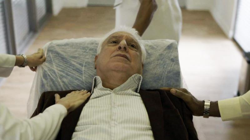 Últimos capítulos de 'Bom Sucesso': Alberto é hospitalizado à força