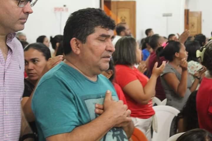 Erasmo Silva e deputados participam dos festejos de Esperantina