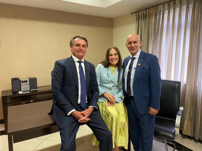 Regina Duarte aceita convite para secretaria de Cultura de Bolsonaro