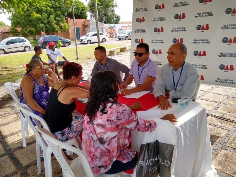 Comissão da OAB Piauí presta esclarecimentos jurídicos