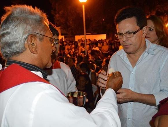 Santana participa do novenário de São Sebastião em Uruçuí