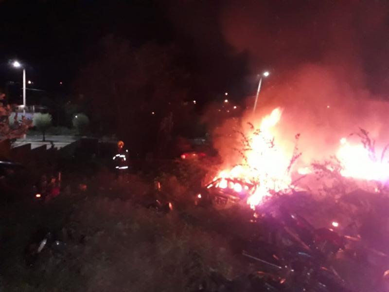 Bombeiros combatem incêndio na antiga Delegacia Regional de Picos
