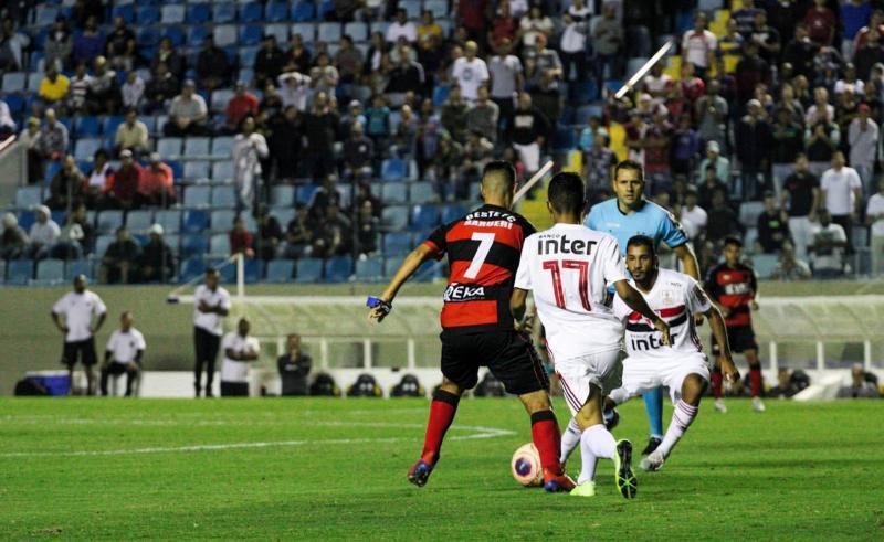 Grêmio e Oeste definem vaga para final da Copinha nesta quarta