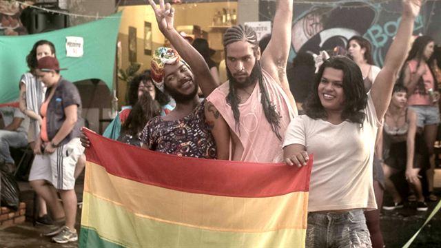 Filmes LGBT criticados por Bolsonaro ficam de fora de edital