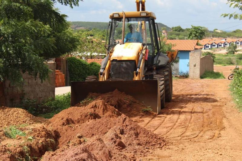 Em nova obra, SAAE leva água tratada para mais 20 famílias em Oeiras