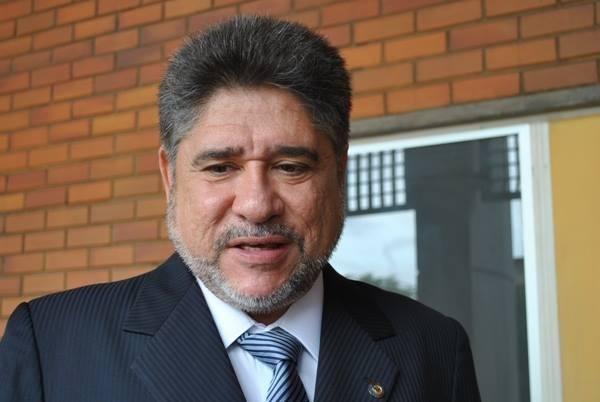 'Lobão tem um compromisso com o candidato do Firmino', diz Mádison
