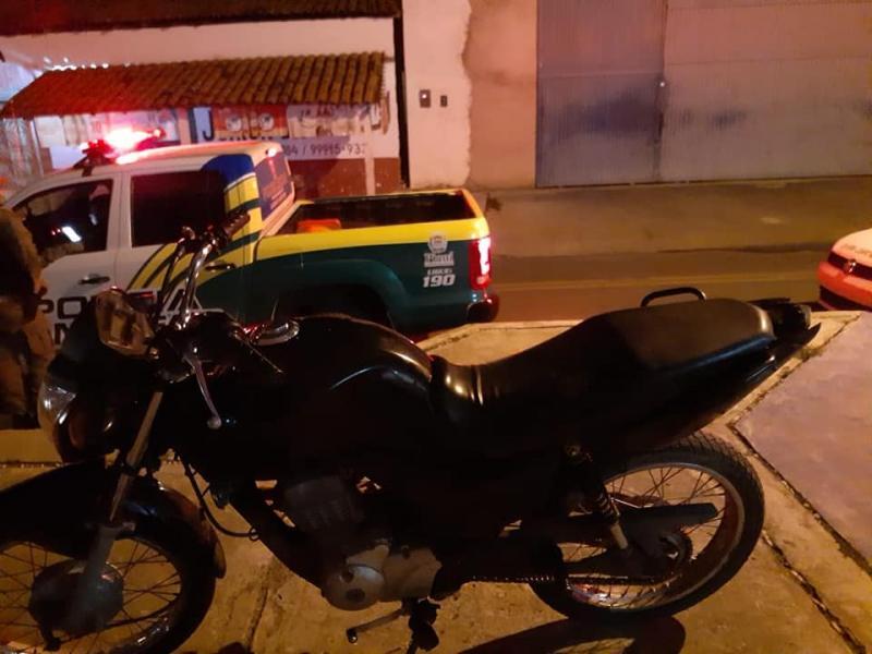 PM recupera moto roubada em Campo Maior