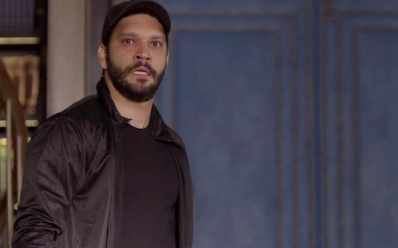 'Bom Sucesso': Diogo invade casa e ameaça Alberto