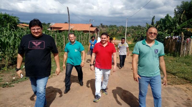 Secretaria de Educação de Lagoinha realiza campanha de busca ativa para matrículas da EJA