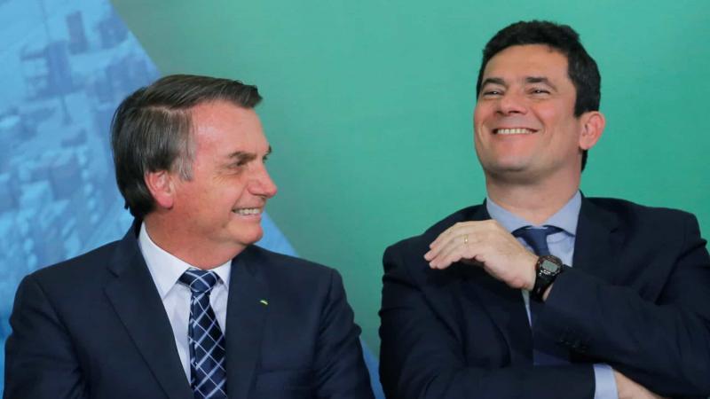 Não preciso 'fritar' ministro para demitir, diz Bolsonaro