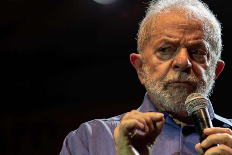 'Algumas críticas de Bolsonaro à imprensa são corretas', diz Lula