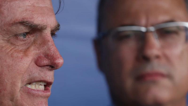Bolsonaro se irrita após Witzel chamar Mourão de 'presidente'
