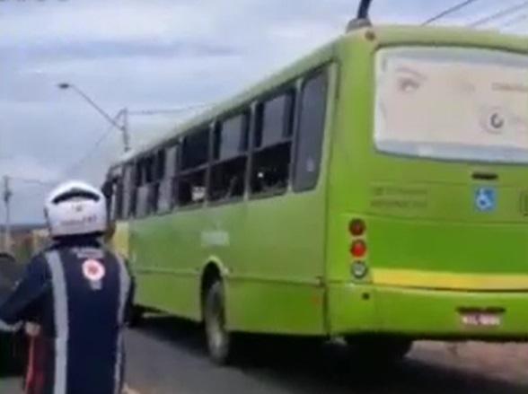 Idoso morre após ser atropelado por ônibus coletivo em Teresina