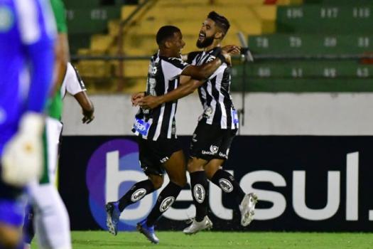 Santos vence o Guarani após gol contra aos 47 do 2º tempo