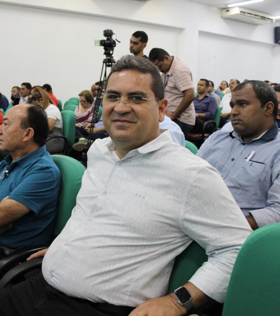 Júnior Carvalho participa de reunião sobre cofinanciamento da Saúde na APPM