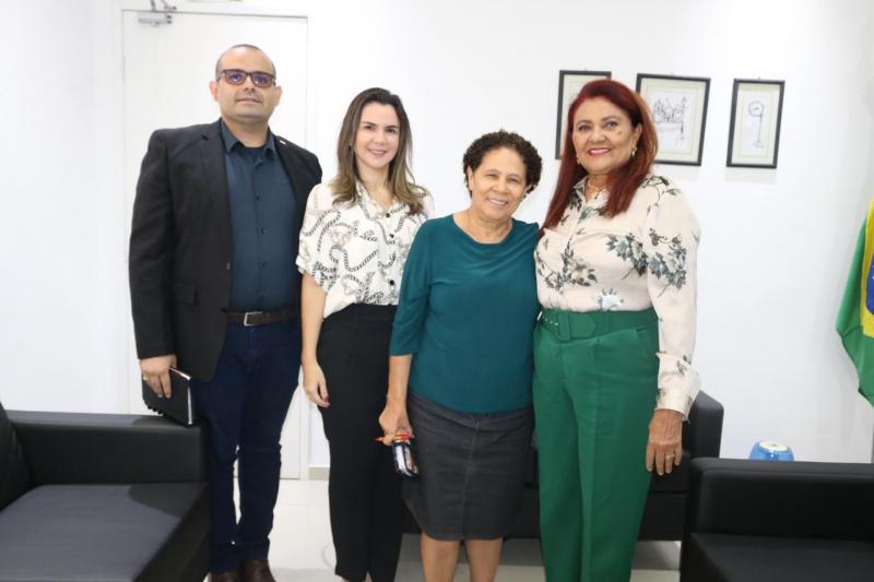 """OAB Piauí trata de implantação do Projeto """"Batalhão Maria da Penha"""""""