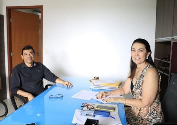 Prefeito Aurélio Sá, foi recebido por Deputada Federal em Teresina