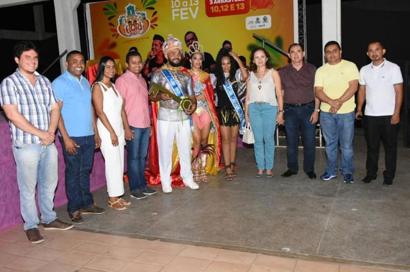 Floriano realiza lançamento do carnaval com escolha de rei e rainha 2018