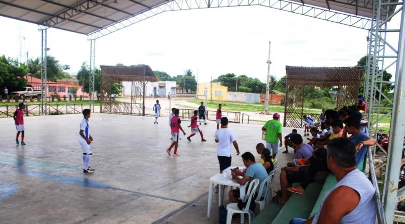 Jogos do Campeonato Municipal de futsal sub 17 teve grande público