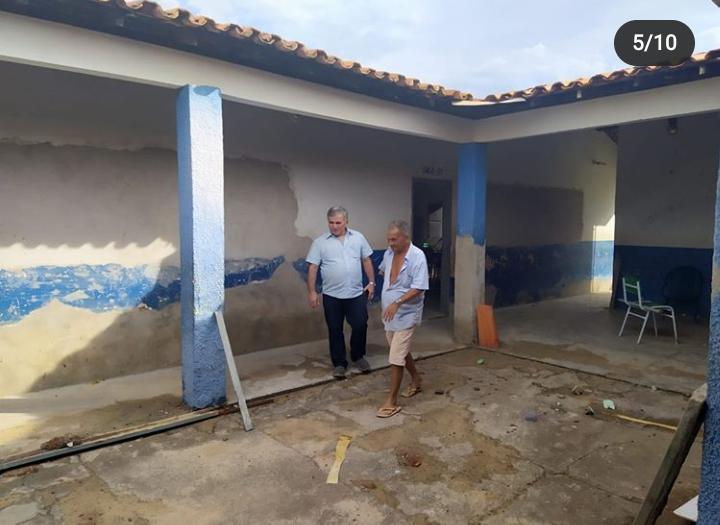 Prefeito Dr Paulo Henrique visita as obras de reforma e ampliação