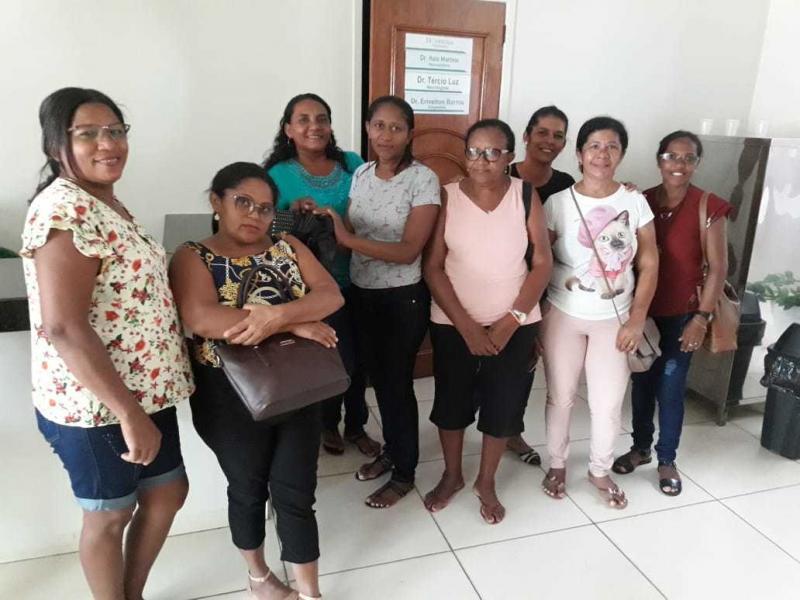 Saúde de Cajazeiras leva mulheres para fazer exame de mamografia em Picos