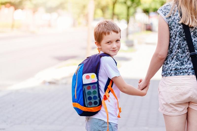 Volta às aulas: psicoterapeuta ensina como reorganizar a rotina dos filhos