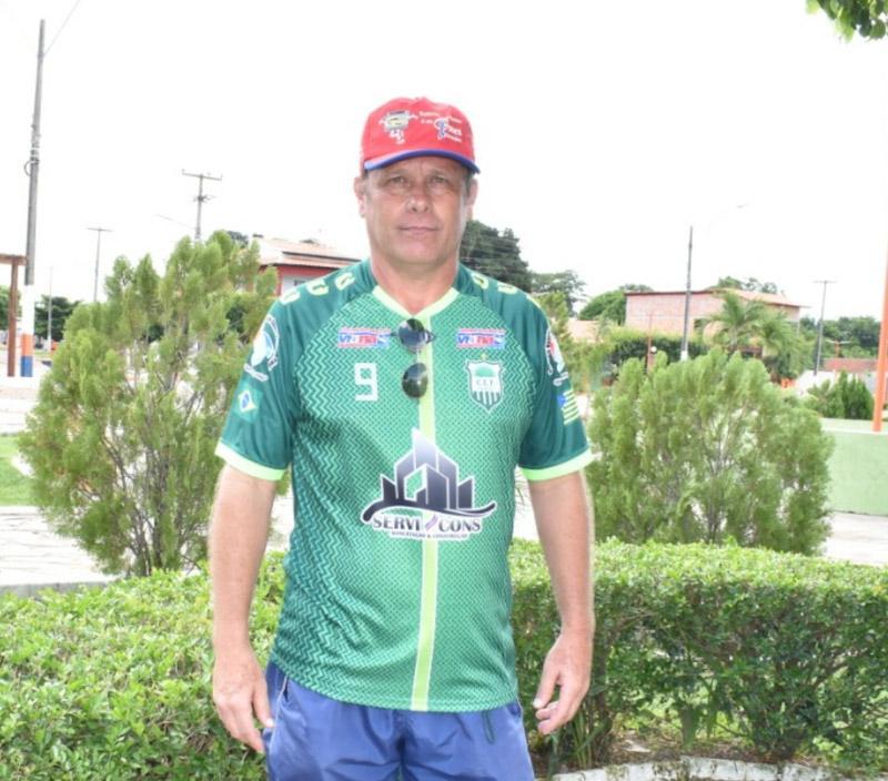 Treinador Italo Rossi fará seletiva com atletas de 18 a 22 anos em C. Largo