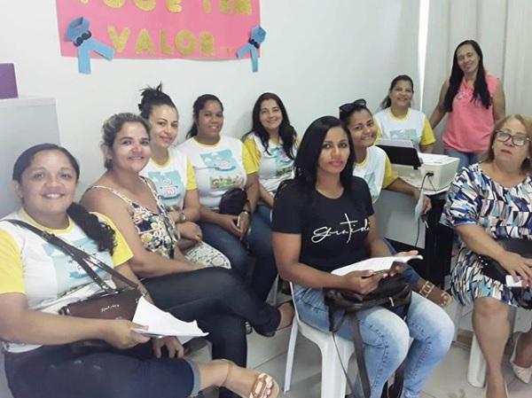 Equipe do programa 'Criança Feliz' elabora planejamento anual em Corrente
