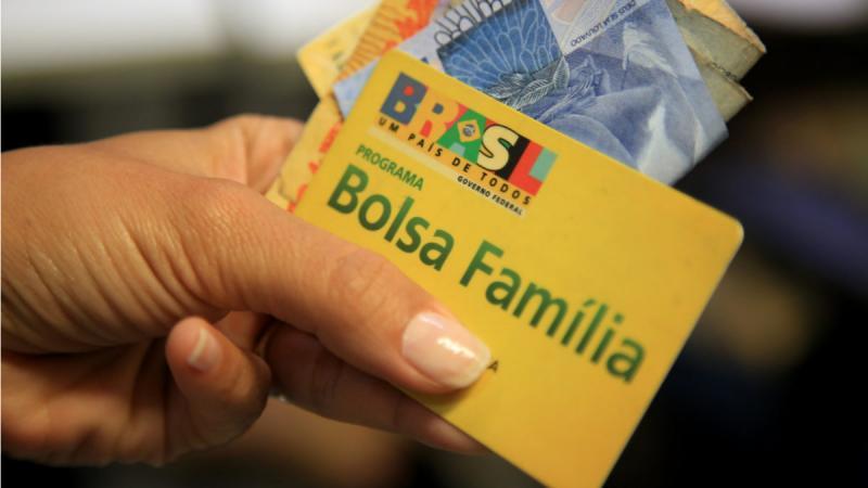 Pagamento de 13º salário do Bolsa Família pode não ser feito este ano