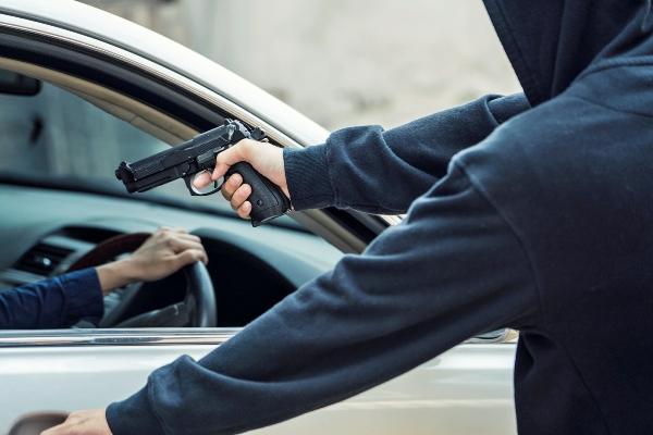 Jovem acadêmico timonense tem carro tomado em assalto na Zona Norte de THE